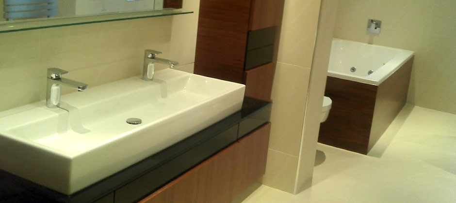 Modern bathroom fitted by Aqua Systems